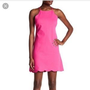 Love... Ady scallop trim shift dress size m